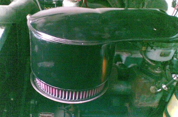 K&N Luftfilter im Chevy 57